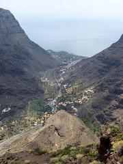 Valle Gran Rey a Cuesta del Barro-kilátópontról (ossian71) Tags: spanyolország spain kanáriszigetek canaryislands lagomera gomera vallegranrey természet nature tájkép landscape kilátó lookout völgy valley hegy mountain