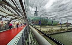 Haven-Plaza Klimahaus (glessew) Tags: havenplaza klimahaus bremerhaven hafen port harbour architecture mooring architektur architectuur deutschland germany