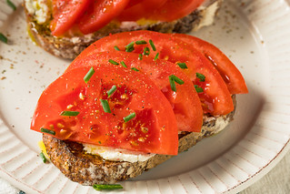 Trendy Homemade Tomato Toast