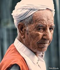 old man (sifnas2020) Tags: life cultrue happy peopel portrait love hard tradiaoal oldman age work man time light sad