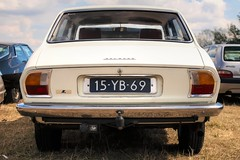 Peugeot 504 1.8 L (Skylark92) Tags: citroën water forest boat sky grass gelderland maurik van eiland window windshield tree building car road citroen jaar 100 holland netherlands nederland vehicle peugeot 504 18 l 15yb69 1975