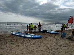 Campamento de verano náutico (hotelplayaoliva) Tags: playa sol surf valencia oliva campamento campamentos