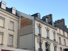 Ghostsign, Poitiers, France (Dradny) Tags: flaneur walking evening travelling poitiers hotel ghostsigns ghostsign travel summer18 france