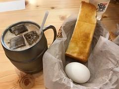 たっぷりアイスコーヒーとトースト (96neko) Tags: snapdish iphone 7 food recipe komedascoffeeコメダ珈琲店池袋西武前店