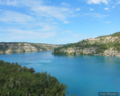 Le lac de Sainte-Croix dans les Gorges du Verdon (Missfujii) Tags: