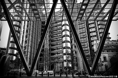 W (Marco Pacini) Tags: marcopaciniphoto london londra architecture architettura archistar archilovers bn bnw bnwarchitecture bnwphotography nikon nikonitalia nikoncameras nikonphotography nikkor nikkorlens nikonclub ni