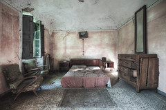Lunchtime rest (Mike Foo) Tags: urbex fuji fujifilm xt2 abandoned mirrorless abbandono hdr rozklad room bedroom bed spooky haunting derelict decay secret lost forgotten