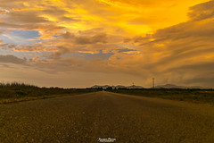 Prima del temporale (Francesca Murroni ┃Wildlife Photographer) Tags: cielo nuvole temporale tramonto strada paesaggi portobotte giba sulcis sardegna sky clouds countryside sunset roads storm landscapes sardinia italy