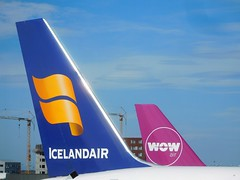 FI and WW tails at KEF (kenjet) Tags: boeing kef bikf airport icelandair 752 757 757200 757223 ww wow wowair