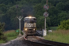 15T - Arcadia (Eric_Freas) Tags: norfolk southern ns shenandoah valley line nw western 15t arcadia virginia cpl color position light