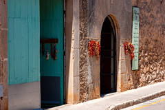 Santanyí 21 June 2018 00076.jpg (JamesPDeans.co.uk) Tags: forthemanwhohaseverything landscape garlic doors street printsforsale fooddrink roads europe chilli doorway door agriculture sign arch food spain majorca turquoise colour mallorca history architecture wwwjamespdeanscouk landscapeforwalls jamespdeansphotography pavement digitaldownloadsforlicence