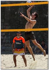 Volley Playa - 077 (Jose Juan Gurrutxaga) Tags: file:md5sum=198b9c6174b73ee03a9a3086605b2eb5 file:sha1sig=f4a3ddd2dfba9bcf1bd0b3a72583b998bd2a1cf8 volley playa beach hondartza boleibol voleibol semana grande zurriola donostia