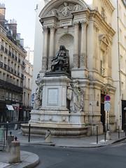 Paris, statue de Molière (Traveling with Simone) Tags: paris statue molière architecture litterature playwright monment france