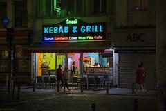Kebab & Grill (Tim Boric) Tags: kebab grill snackbar shop brussel bruxelles brussels avond dark night neon