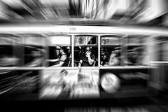 Ecléctricos - Shaka (framir2014) Tags: yellow portugal lisbon lissabon tram strassenbahn
