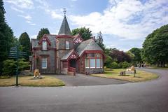 Beveridge Park Main Gate Lodge, Kirkcaldy (David_Leicafan) Tags: 28mmsummicron beveridgepark kirkcaldy gatehouse lodge