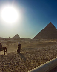 Cairo    Nov. 8, 2010      P1060139 - (waitingfortrain) Tags: cairo egypt giza pyramids