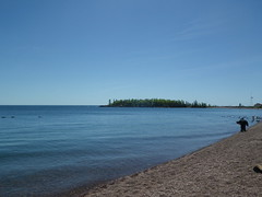 2018-06-13 Grand Marais 4 (s.kosoris) Tags: skosoris pentaxoptiowg1 wg1 pentax grandmarais water lake lakesuperior superior beach