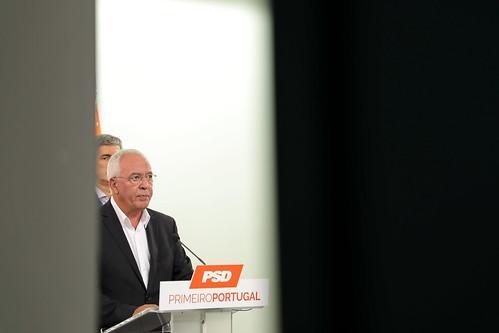 David Justino em conferência de imprensa sobre o incêndio de Monchique