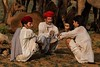 Conversation. Pushkar Mela. Rajasthan (Tito Dalmau) Tags: men rabari conversation fair camels mela pushkar rajasthan india