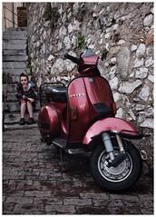 Vespa. Taormina, Sicily (Pauls Pixels) Tags: flickr 1000 allcontent