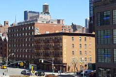 View from the High Line, New York City (SomePhotosTakenByMe) Tags: morans watertank wassertank restaurant urlaub vacation holiday usa america amerika newyork newyorkcity nyc stadt city downtown innenstadt outdoor chelsea gebäude building architektur architecture auto car manhattan