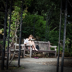 Norwood Grove Gardens (London Less Travelled) Tags: uk unitedkingdom england britain london southlondon city urban norwood grove garden gardens people watching candid bench