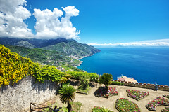 Over the Railings and Down to the Sea (Herculeus.) Tags: 2018 cliffs clouds compania europe flowers flowersplants gardens gulf gulfofsalerno hills horizon italy italy18 landscape landscapes may mediterraneansea morning mountains nikonafsnikkor1635mmf4 nikond600 outdoor outdoors outside ravello ridges sea spring villarufologardens water southfield usa 5photosaday