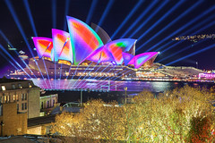 Through The Light Curtain || THE ROCKS || SYDNEY (rhyspope) Tags: australia aussie nsw new south wales newsouthwales sydney vivid vividsydney vivid2018 night opera house sydneyoperahouse laser beam lightshow color colour rocks therocks cicular quay water reflection rhys pope rhyspope canon 5d mkii travel amazing wow awesome
