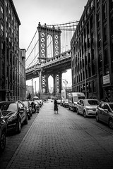Well (SHOOT) (writing with light 2422 (Not Pro)) Tags: dumbo nyc manhattanbridge blackandwhite bw monochrome vignette newyork usa richborder sonya7 streetshot vertical