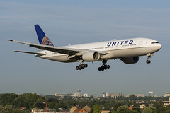 UAL_B772_N229UA_BRU_JUL2018 (Yannick VP - thank you for 1Mio views supporters!!) Tags: civil commercial passenger pax transport aircraft airplane aeroplane jet jetliner airliner ua ual united airlines boeing b777 777200 er extendedrange b772 n229ua tripleseven t7 brussels airport bru ebbr belgium be europe eu august 2018 approach landing arrival runway rwy 01 aviation photography planespotting airplanespotting