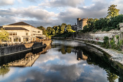 KILKENNY CASTLE AT SUNSET [AUGUST 2018]-142891 (infomatique) Tags: kilkennycastle rivernore sunset sony a7riii august 2018 normancastle historic streetsofireland infomatique fotonique ireland williammurphy