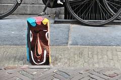 Bollard (just.Luc) Tags: bollard paaltje paal poller borne streetart street rue straat strasse urbanart graffiti grafitti utrecht holland nederland paysbas niederlande netherlands