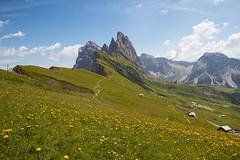 Naturpark Puez-Geisler in den Dolomiten (rubrafoto) Tags: naturpark puezgeisler odle dolomiten gebirge alm seceda südtirol italien alpinismus sommer gröden grödnertal tourismus reisen bergpanorama landschaft natur landschaftsfotografie ita