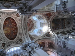 Passau: Ornate interior of St Stephen's Cathedral (gravesVpelli) Tags: cathedral passau