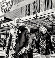 Couple... (mikeback-streetphotography) Tags: streetstyle streetphotographer stockholm streetarteverywhere streetportrait streetphotographystreet streetlife streetphoto streetartistry streetart streetphotographers station street urban blackwhite black blackandwhite blackandwhitephotography monochromatic monochrome mono
