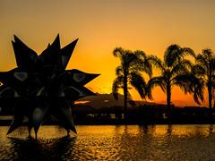 Sunset no Museu do Amanhã - Rio de Janeiro (mariohowat) Tags: museudamarinha sunset pôrdosol canon arquitetura riodejaneiro entardecer brazil brasil