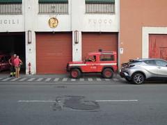 Land Rover Defender 90 Corpo Nazionale dei Vigili del Fuoco Distaccamento Cittadino di Bolzaneto Genova (alessio2998) Tags: land rover defender 90 corpo nazionale dei vigili del fuoco distaccamento di bolzaneto genova 115 nue 112 pompiers pompieri cnvvf vvf vigilidelfuoco feuerwehr bomberos zjarrfikësit