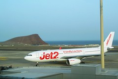 goodbye Tenerife!... (green_lover (I wait for your COMMENTS!)) Tags: airport plane tenerife canaryislands spain airplane ocean travels transportation