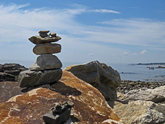 Rock Cairn at Rye Beach (ParkerRiverKid) Tags: stony cairn rye ansh89 scavenger6
