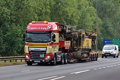 FJ16 EUV (Martin's Online Photography) Tags: daf xf truck wagon lorry vehicle freight haulage commercial transport