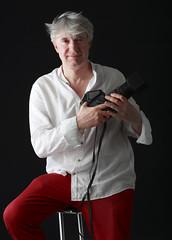 ARISTIDE MAZZARELLA AUTORITRATTO (Aristide Mazzarella) Tags: aristide mazzarella autoritratto self portrait ritratto fotografo photographer nardò lecce salento hasselblad carl zeiss