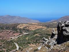 Beautiful landscape! (Ia Löfquist) Tags: crete kreta east eastern östra landscape landskap vy utsikt view mountain berg sky himmel