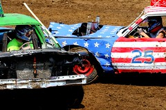 Eyes on ya! (Laurence's Pictures) Tags: boone county fair belvidere illinois state show animal politican tractor 2018 demolision demolition derby cars race auto automobile america crash junk racing nascar em up