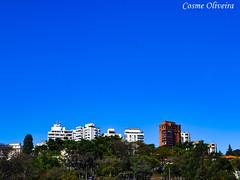 DSC_0767 (busManíaCo) Tags: paisagem busmaníaco blue green sky train gebäude edificio byggnad landskap paisaje landschaft himmel himlen isibhakabhaka 空 nikond3100 nikon d3100