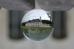 1729 POSITION CENTRALE (rustinejean) Tags: rustine art abbaye