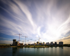 Building (CoolMcFlash) Tags: city cityscape sky cloud cloudscape longexposure day nd filter 1000 fujifilm xt2 architecture building crane flickrfriday negativespace copyspace lake seestadt reflection vienna stadt himmel wolken langzeitbelichtung tag architektur see spiegelung wien fotografie photography baustelle kran xf1024mmf4 r ois