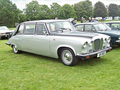 230 Daimler DS420 Limousine (1991) (robertknight16) Tags: daimler british 1990s ds420 limousine enfield a15duo