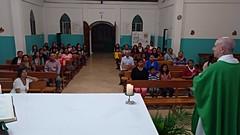 Misa en la capilla de Jesús Obrero, en la península de Santa Elena