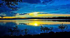 Got the Blues @ Sunset (Bob's Digital Eye) Tags: aug2018 blue bobsdigitaleye canon canonefs1855mmf3556isll laquintaessenza lake lakesunset outdoor reflection silhouette sun sunset sunsetsoverwater t3i water flickr flicker yellow sky landscape